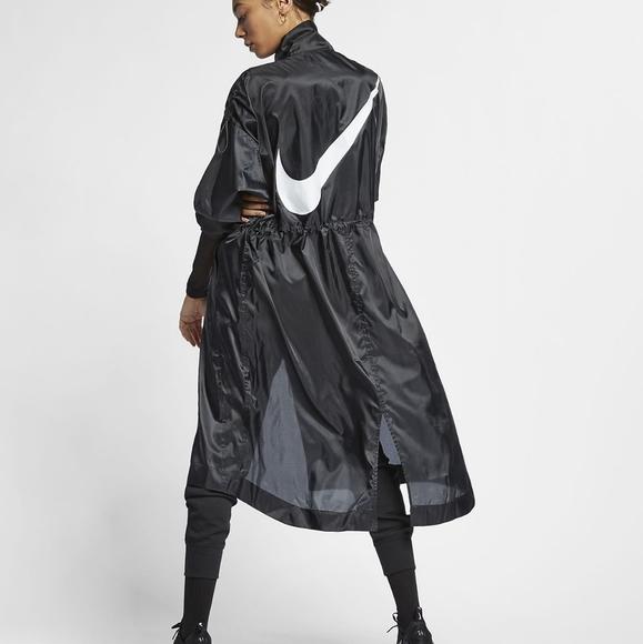 Nike Rare Swoosh Long Windrunner Jacket